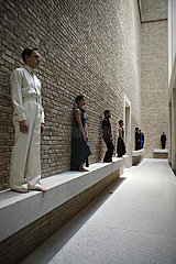 Sasha Waltz and Guests DIALOGE 09 - NEUES MUSEUM