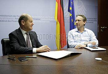 BM Scholz bei Videokonferenz der Euro-Gruppe