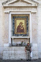 Rome. Streetreligion.