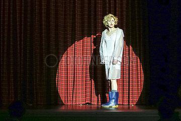Deutsches Theater Berlin DER TAG  ALS ICH NICHT ICH MEHR WAR