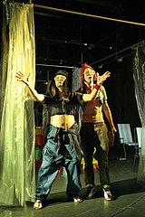 Theater an der Parkaue Berlin KOPF ODER ZAHL