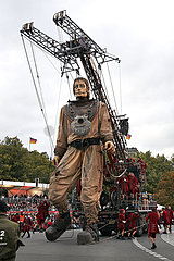 Royal de Luxe LE RENDEZ-VOUS DE BERLIN - DAS WIEDERSEHEN VON BERLIN