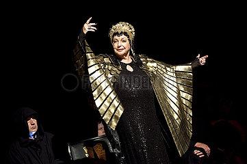 Thalia Theater Hamburg VOR UNS DIE SINTFLUT