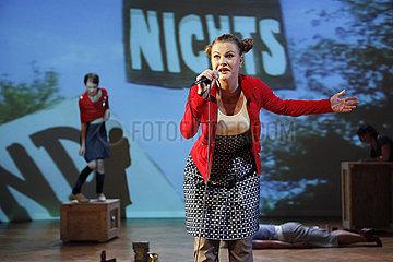 Neukoellner Oper Berlin BRACHLAND - GESCHICHTEN VOM NICHTS