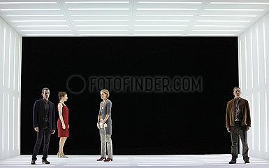Deutsches Theater Berlin PEGGY PICKIT SIEHT DAS GESICHT GOTTES