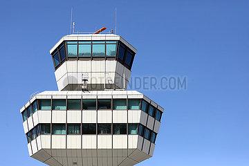 Berlin  Deutschland  Tower des Flughafen Berlin-Tegel