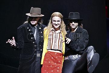Theater am Potsdamer Platz Berlin HINTERM HORIZONT