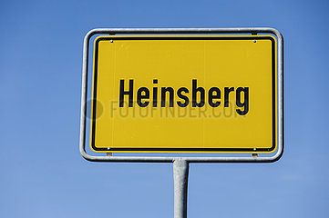 Ortsschild Heinsberg  Kreis Heinsberg  Nordrhein-Westfalen  Deutschland