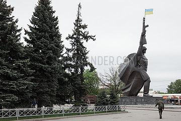 Skulptur eines Sowjetischen Soldaten zum Gedenken an den 2. Weltkrieg