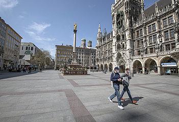 leerer Marienplatz  Muenchen  April 2020