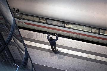 Hauptbahnhof Berlin - Corona-Zeiten