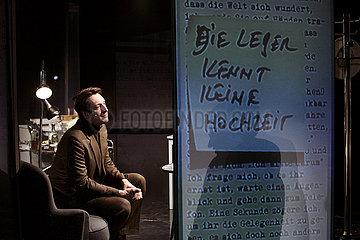 Deutsches Theater Berlin BIOGRAFIE: EIN SPIEL
