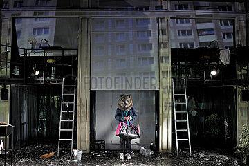 Deutsches Theater Berlin VERBRECHER AUS VERLORENER EHRE