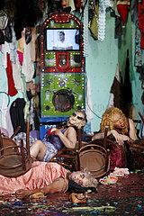 Avignon Festival 2012 DAS FEST DER UNSCHULDIGEN KINDER