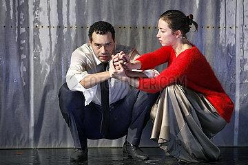 Maxim Gorki Theater Berlin DEMENZ DEPRESSION UND REVOLUTION