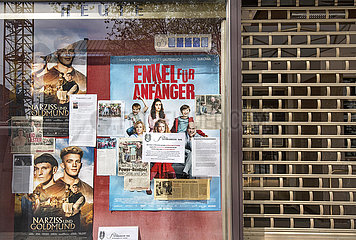 Geschlossenes Kino am Sendlinger Tor  Muenchen  April 2020