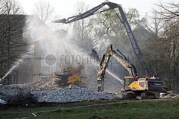 Berlin  Deutschland  Wohnhaus wird abgerissen