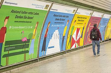 Plakate Coronavirus  Abstand halten  22.04.2020