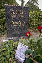 Dietrich  Marlene - Grab in Berlin Schoeneberg