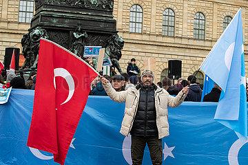 Uiguren protestieren in München