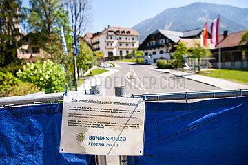 DEUTSCHLAND-Bayerisch Gmain-COVID-19-GRENZKONTROLLEN