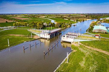 Krückausperrwerk an der Elbe