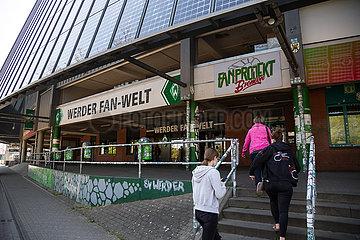 Deutschland  Bremen - Fanshop Werder Fan-Welt im Weserstadion des SV Werder Bremen