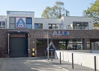 Oben wohnen  unten einkaufen: Neue Aldi-Filiale