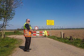 Corona-Krise. Gesperrtes Naherholungsgebiet Heuvelland (Niederlande) | corona crisis. Closed recreational area Heuvelland (Netherlands)