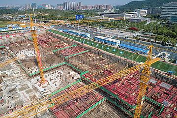 CHINA-HUBEI-WUHAN-Bauarbeiter (CN)