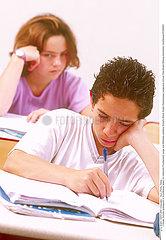 CLASSE SECONDAIRE HIGH SCHOOL CLASS