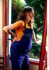 DORSALGIE FEMME ENCEINTE!!DORSALGIA IN A PREGNANT WOMAN