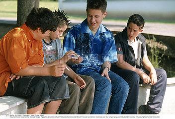 TABAC GROUPE!!GROUP SMOKING