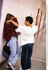 VIOLENCE ADOLESCENT!!VIOLENCE  ADOLESCENT