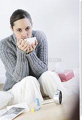 ALIMENTATION FEMME SOUPE!!WOMAN EATING SOUP