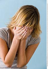 DEPRESSION FEMME!!DEPRESSED WOMAN