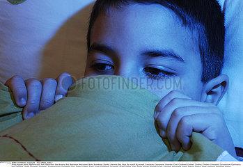INSOMNIE ENFANT!!CHILD WITH INSOMNIA