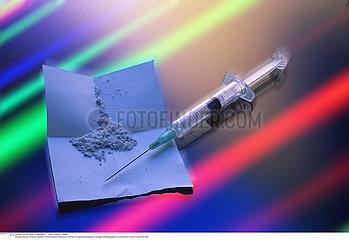 TOXICOMANIE HEROINE!!DRUG ABUSE  HEROIN