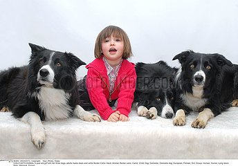 ANIMAL ENFANT!CHILD WITH ANIMAL