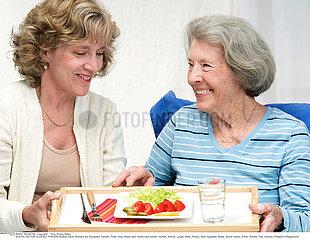 AIDE SOCIALE 3EME AGE!SOCIAL AID FOR ELDERLY PERSON