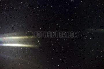 Saint-Marcouf  Frankreich  Sternenhimmel und Aurora borealis
