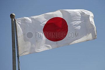 Berlin  Deutschland  Nationalfahne von Japan