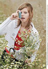 ASTHMA TREATMENT  WOMAN