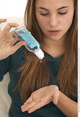 HAND WASHING  ADOLESCENT