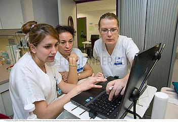Reportage_184 Endokrinologie / NURSES MEETING
