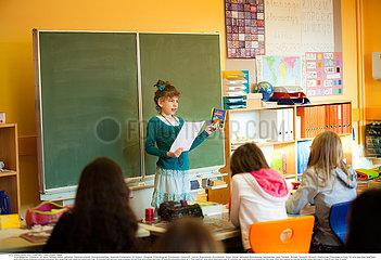Reportage_211 Hörbehinderung  Hörschädigung  Kinder /HEARING-IMPAIRED CHILD