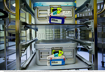 Reportage 227 Sterilisation medizinischer Instrumente / STERILIZATION OF MEDICAL EQUIPMENT Reportage