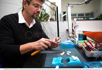 Reportage_224 e-nable Projekt /3D PRINTING