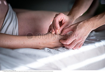 Acupuncture for pregnant women