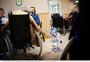 Reportage_269 Einsatz Zora Roboter/ZORA ROBOT